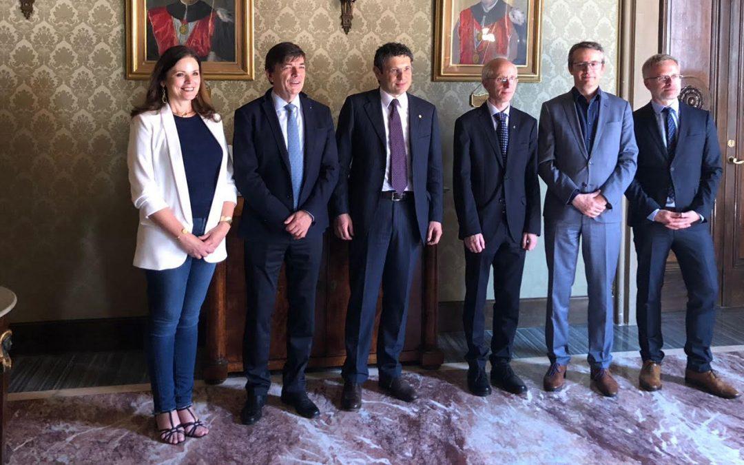 Seis Universidades Europeas firman en Bolonia un acuerdo para abrir un Espacio Académico Compartido, Multilingüe y Multidisciplinar